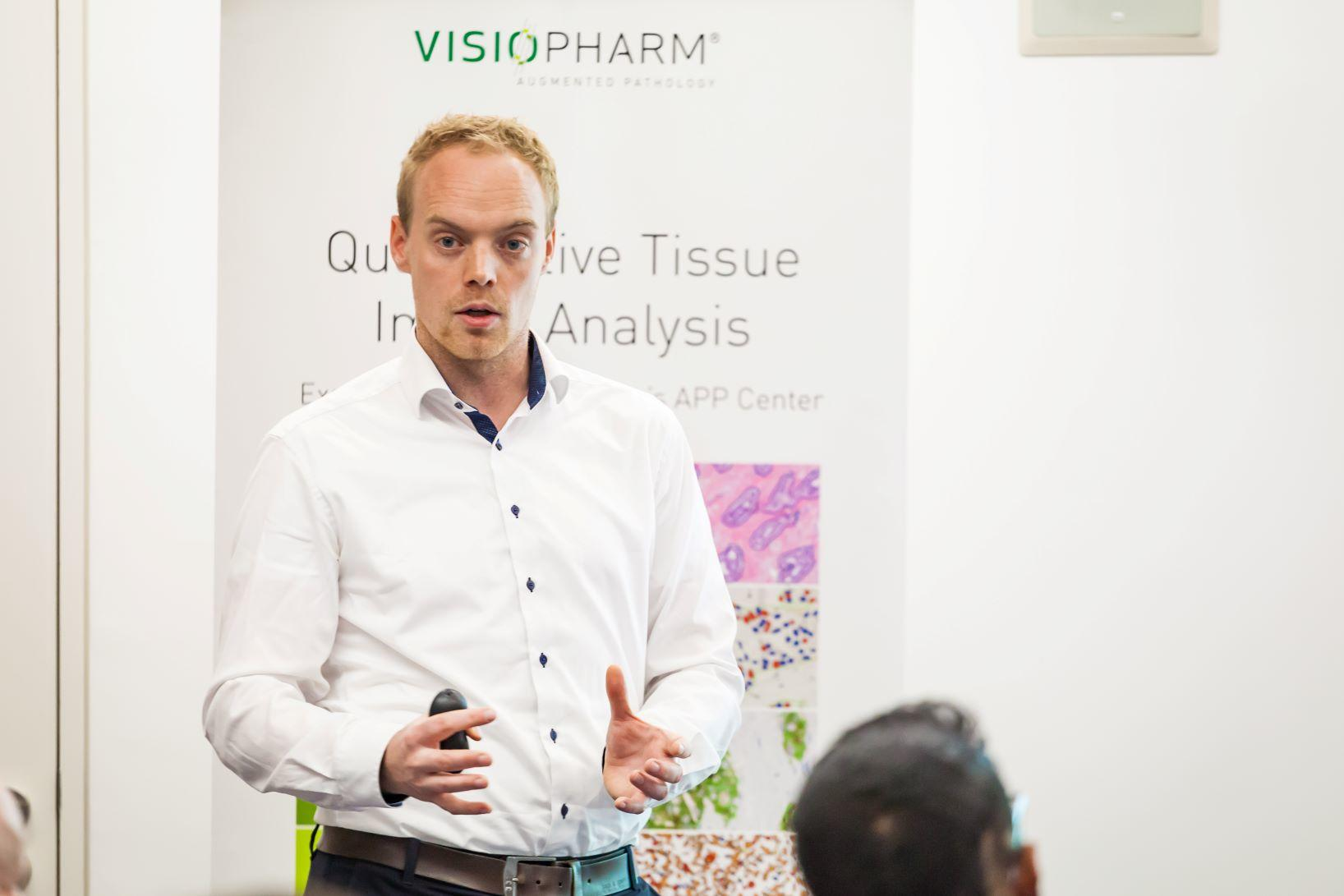 Martin Kristensson, Senior Vice President of Visiopharm A/S leading the lunchtime workshop on A Day in the Life of an Augmented Pathologist.